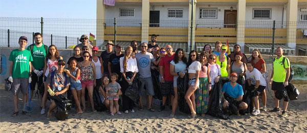 recogida Plastico Foto Familia